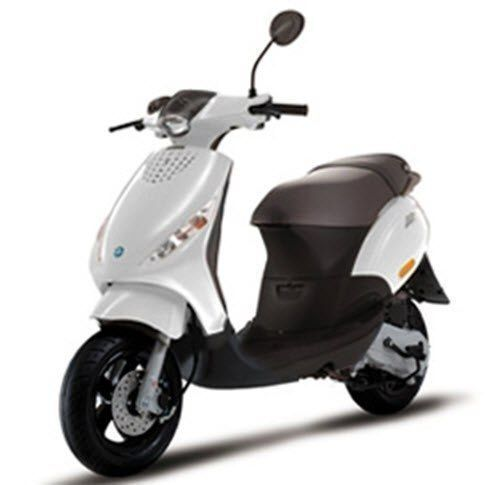 aktie nieuwe piaggio zip 50 4t 2018 scooter het amsterdams bromfietshuis. Black Bedroom Furniture Sets. Home Design Ideas
