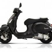 Motorscooter-Vespa-GTS-300-Super-Notte-NWS20180052-03-885×738